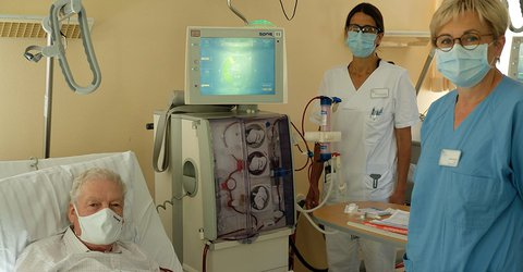 Corona Dialyse